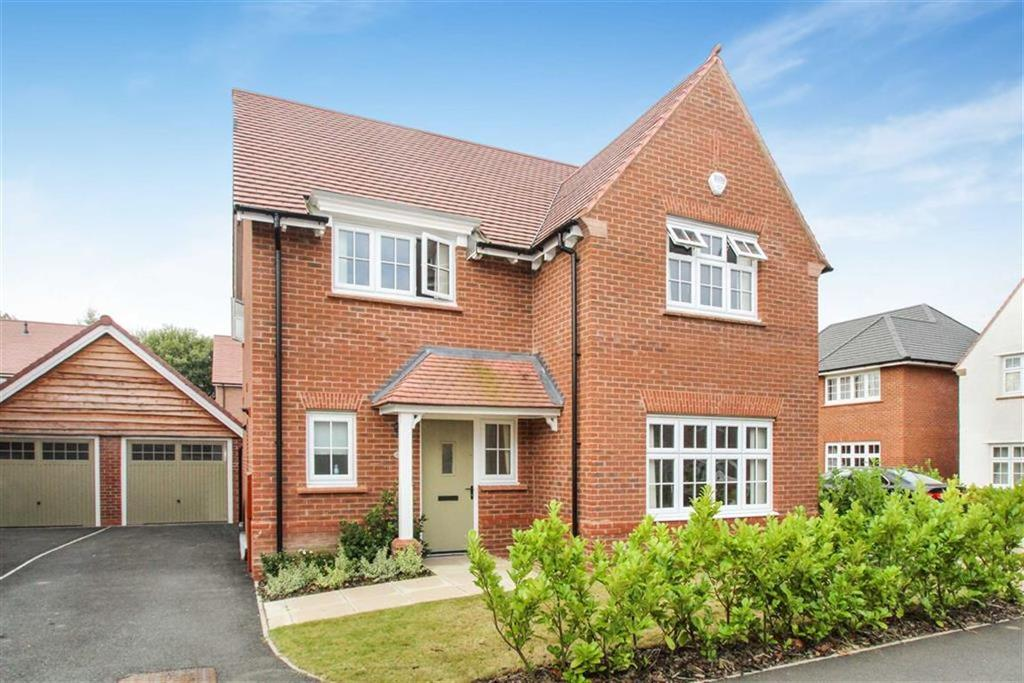 4 Bedrooms Detached House for rent in Balsam Road, West Timperley, Cheshire, WA14