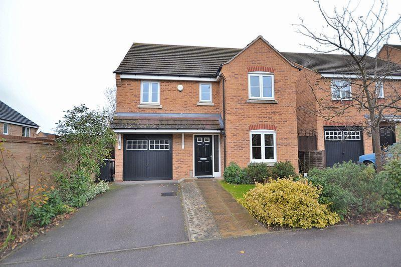 4 Bedrooms Detached House for sale in Reeve Close, Leighton Buzzard