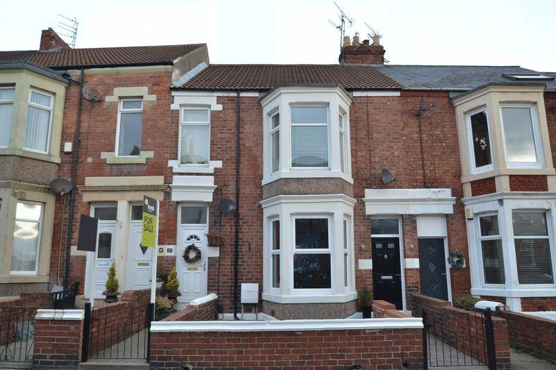 3 Bedrooms Apartment Flat for sale in Eskdale Terrace, Whitley Bay