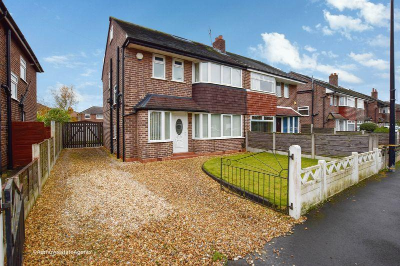 4 Bedrooms Semi Detached House for sale in Lindsell Road, West Timperley, Altrincham