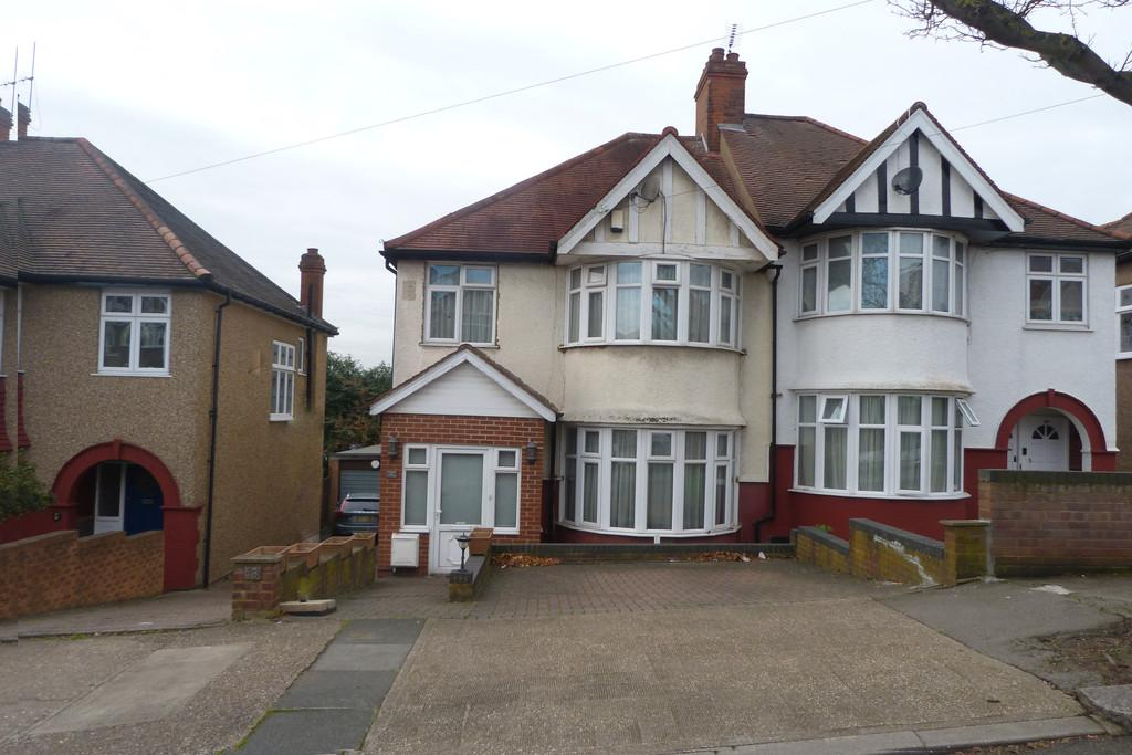 3 Bedrooms Semi Detached House for sale in Randall Avenue, Neasden