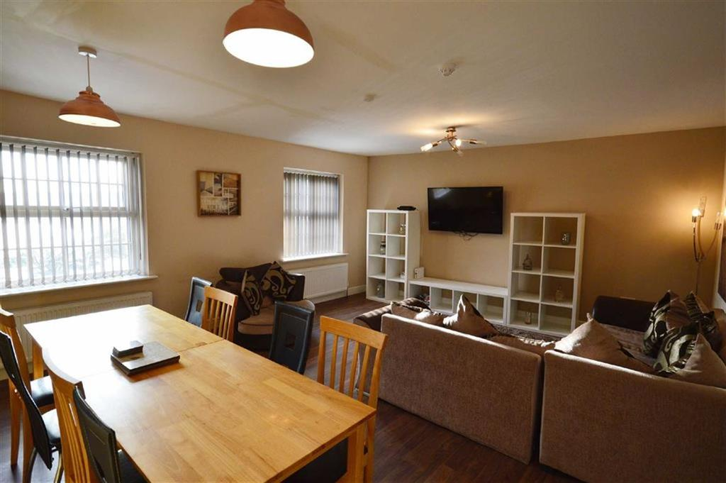 3 Bedrooms Flat for sale in Harcourt Place, Scarborough