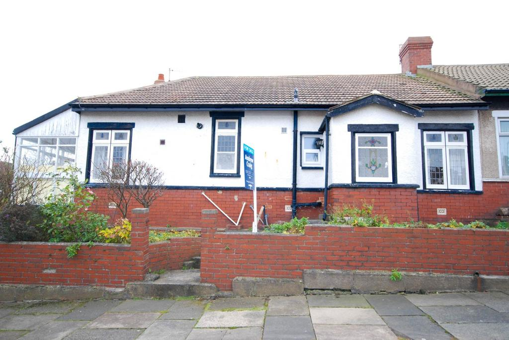 3 Bedrooms Bungalow for sale in Rockville, Fulwell