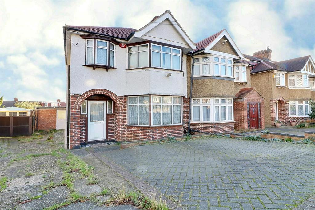 3 Bedrooms Semi Detached House for sale in Glenwood Grove, London