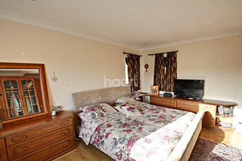 5 bedroom detached house for sale - Boundary Road, West Bridgford, Nottinghamshire