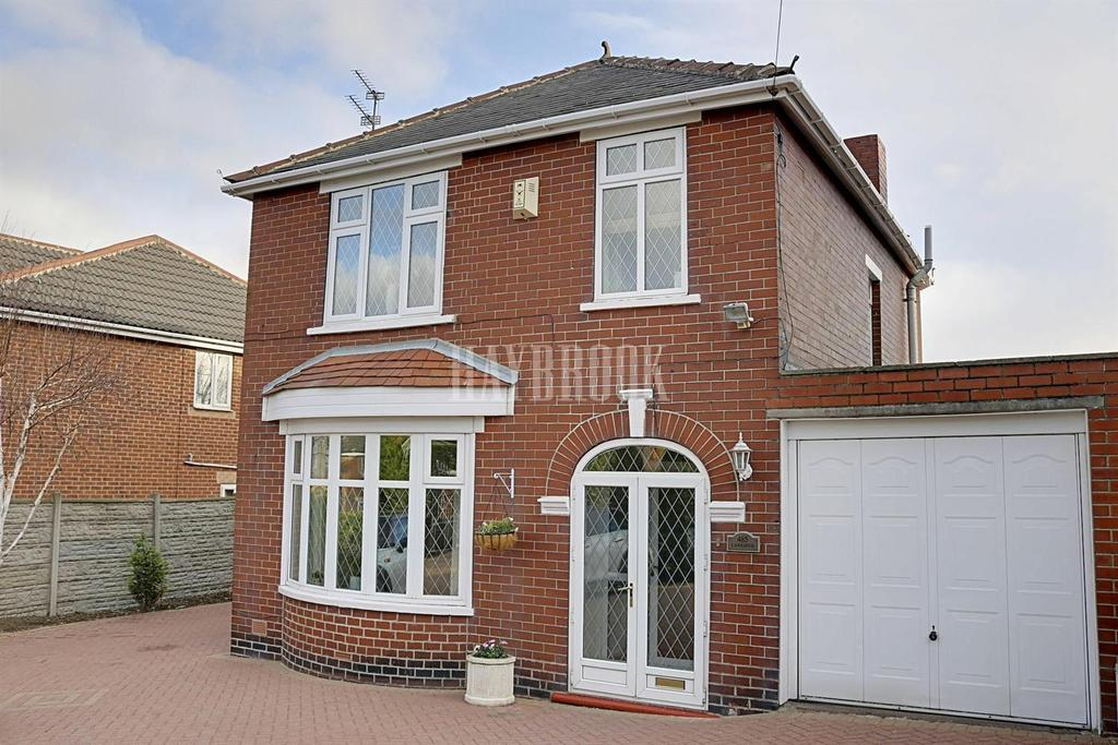 3 Bedrooms Detached House for sale in Pontefract Road, Lundwood