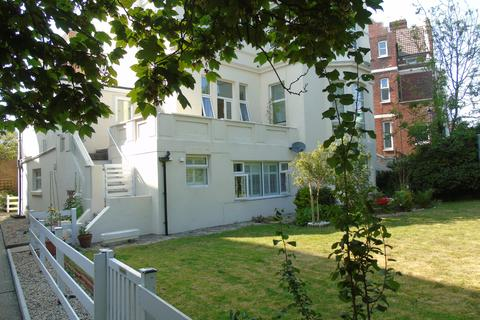 2 bedroom flat to rent - 14 Eastern Villas Road, Southsea, Portsmouth PO4