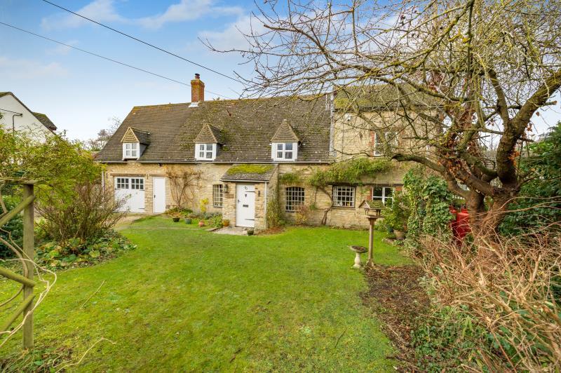 4 Bedrooms Detached House for sale in Sunny Magdalen Cottage, High Street, Standlake, Witney, Oxfordshire