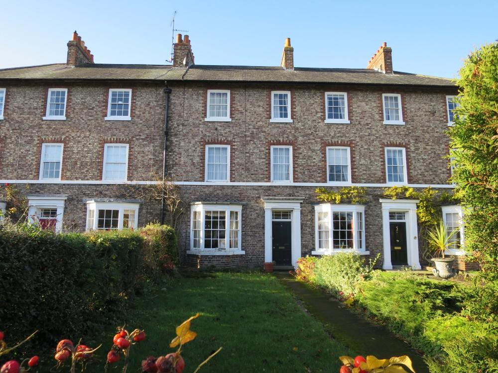 6 Bedrooms Town House for sale in 4 Langton Road, Norton YO17 9AD