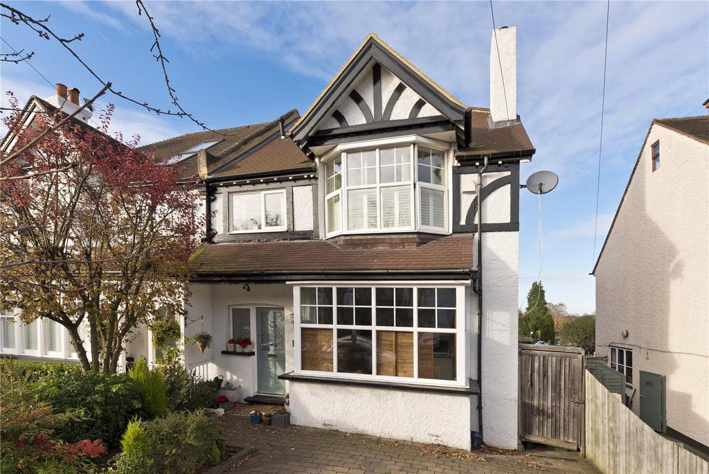 5 Bedrooms Semi Detached House for sale in Melrose Road, Weybridge, KT13