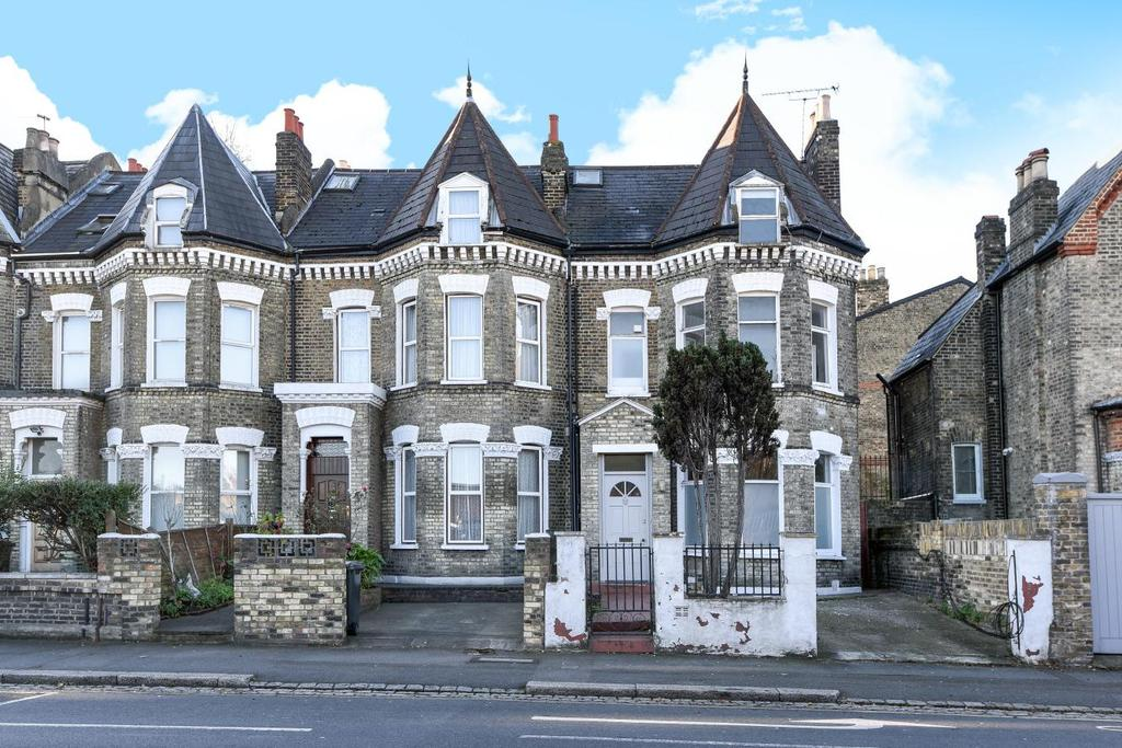 5 Bedrooms Terraced House for sale in Union Road, Clapham