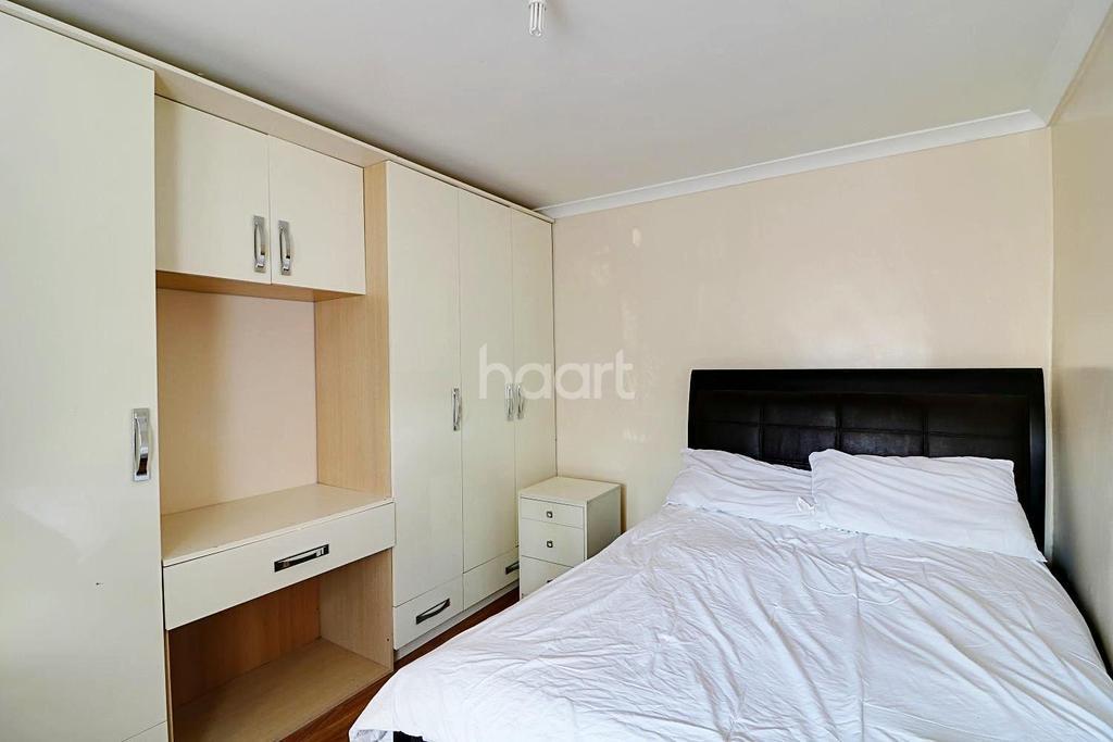 6 Bedrooms Semi Detached House for sale in Collingwood Road, Uxbridge
