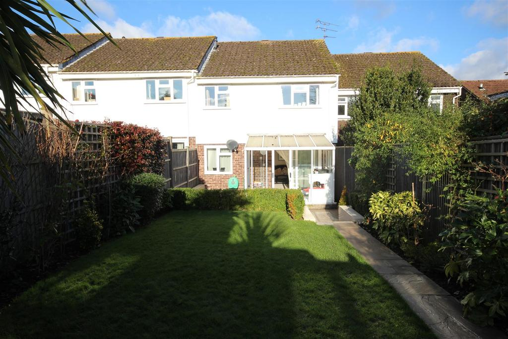 3 Bedrooms Terraced House for sale in Parsonage Road, Henfield