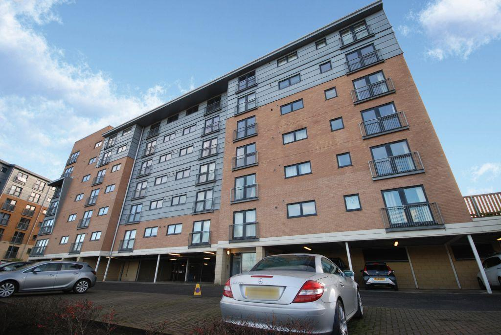 2 Bedrooms Flat for sale in 5/3, 3 Barrland Court, Pollokshields, Glasgow, G41 1RN