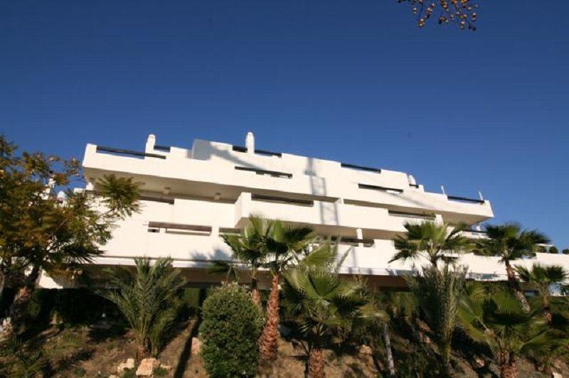 1 Bedroom Flat for sale in Benahavis , Spain, Costa del Sol. SS17 0HQ