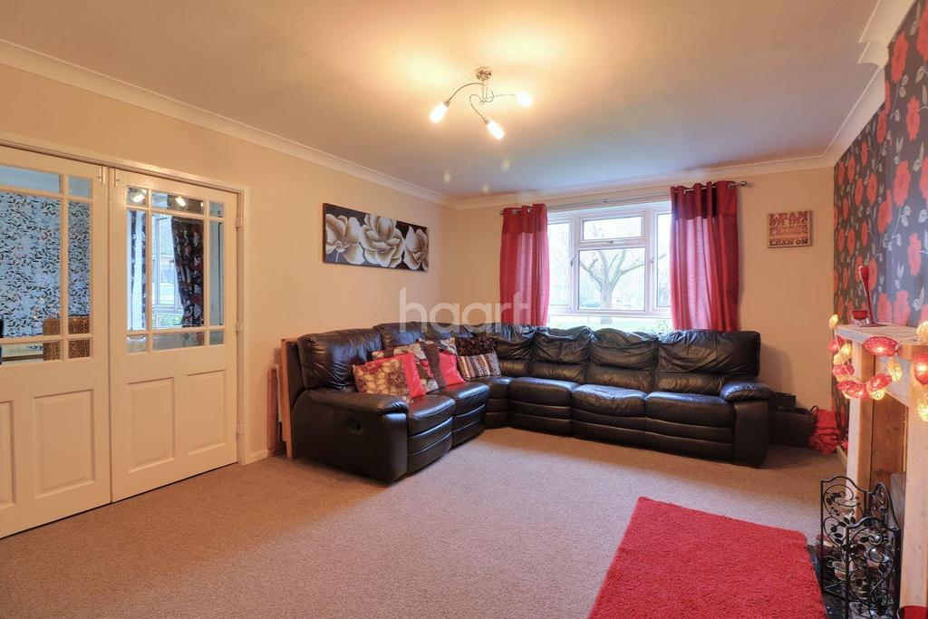 3 Bedrooms Detached House for sale in Slessor Close, Watton