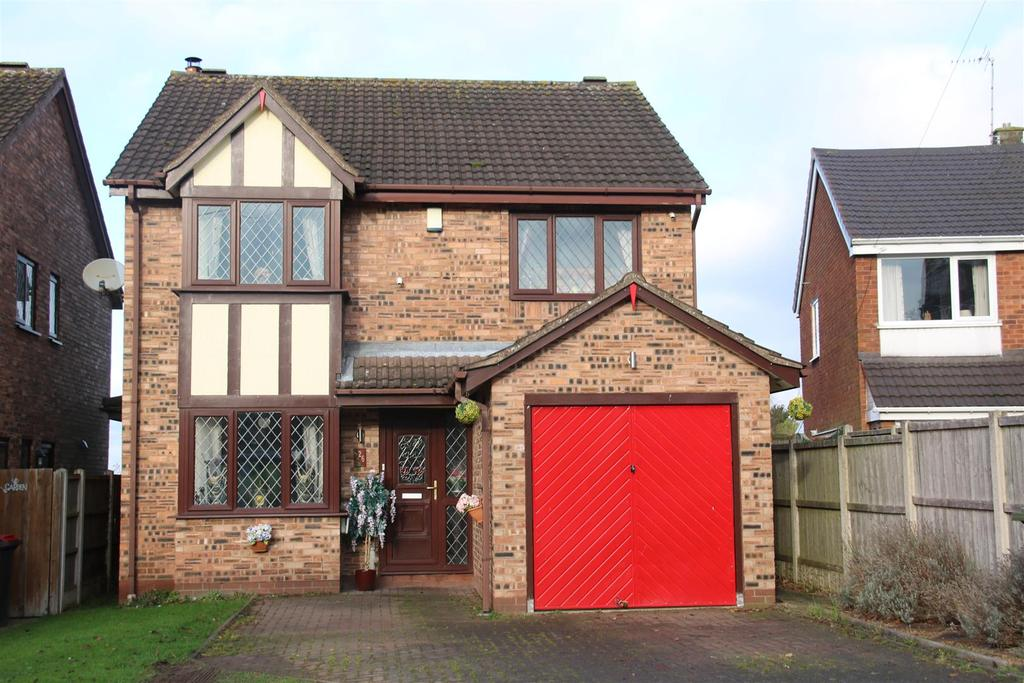 4 Bedrooms Detached House for sale in Church Road, Warton, Tamworth