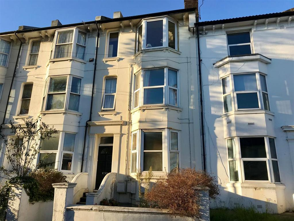 2 Bedrooms Flat for sale in Upper Lewes Road