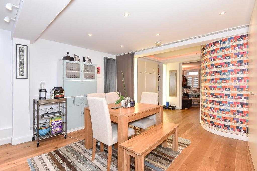 1 Bedroom Flat for sale in Elias Place, Oval