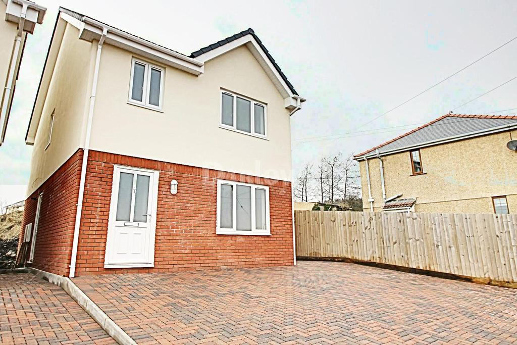 4 Bedrooms Detached House for sale in Alandale Mews, Rassau, Ebbw Vale, Gwent