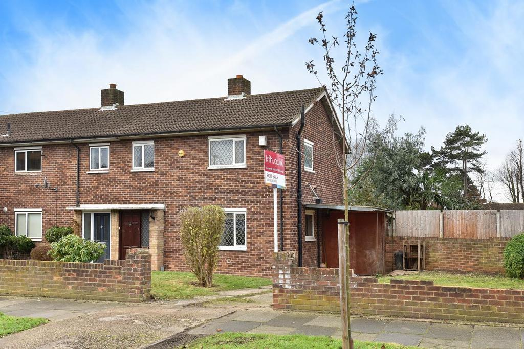 3 Bedrooms Terraced House for sale in Fairmead, Bromley