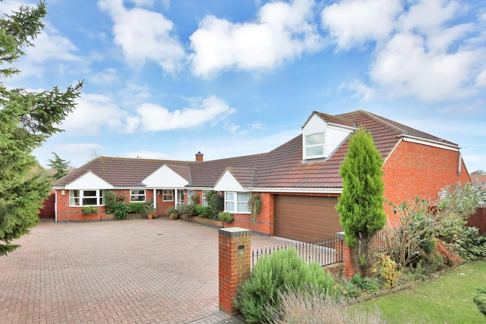 5 Bedrooms Detached House for sale in Old Station Yard, Bottesford