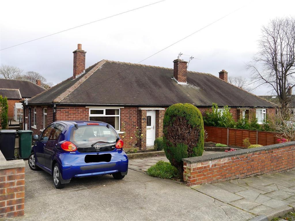 2 Bedrooms Semi Detached Bungalow for sale in Besha Avenue, Low Moor, Bradford, BD12 0SY