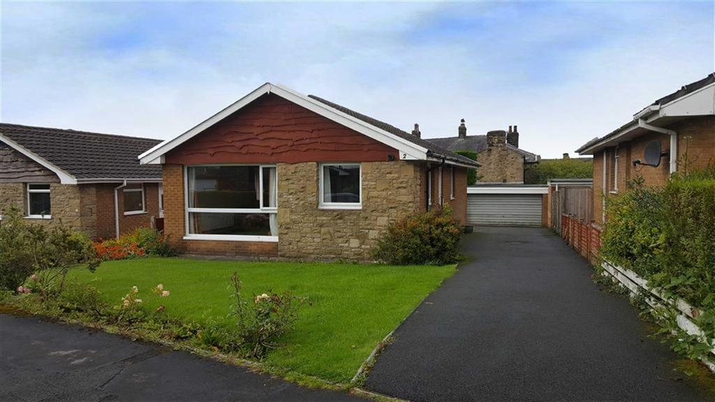 3 Bedrooms Detached Bungalow for sale in Alston Close, Sabden, Lancashire