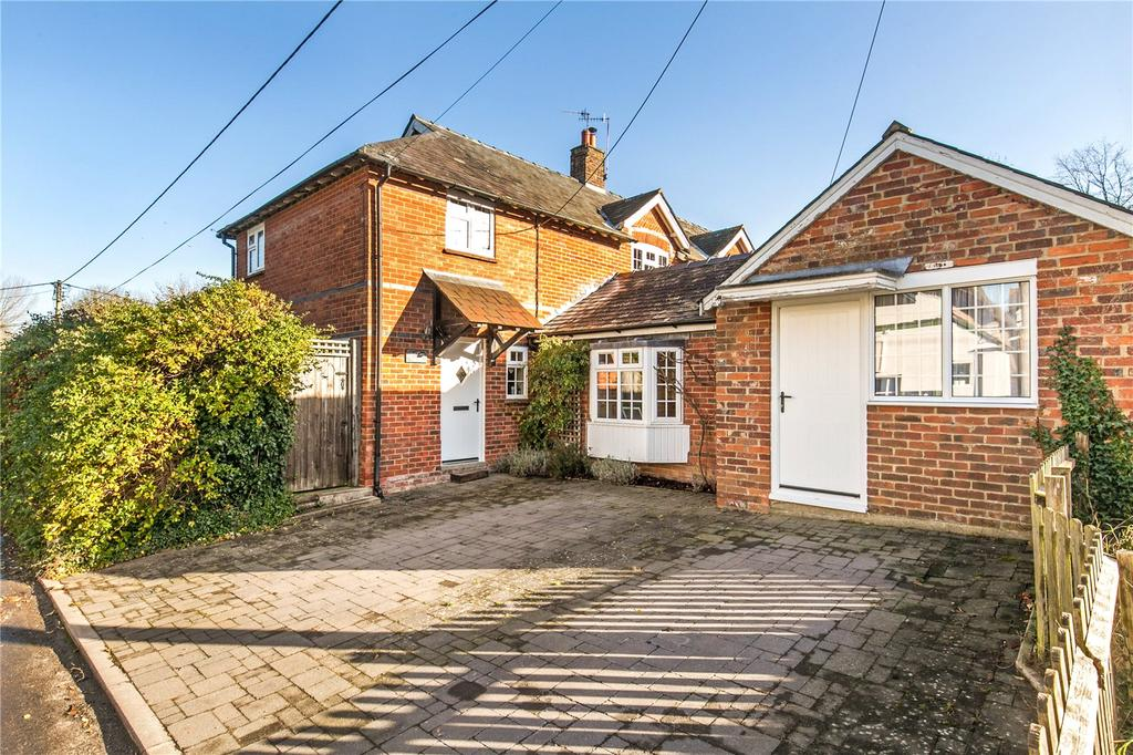 4 Bedrooms Semi Detached House for sale in Whitsbury Road, Odstock, Salisbury, Wiltshire, SP5