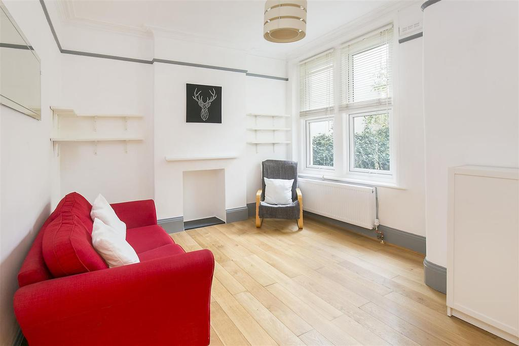 1 Bedroom Flat for sale in Knollys Road, Streatham, SW16