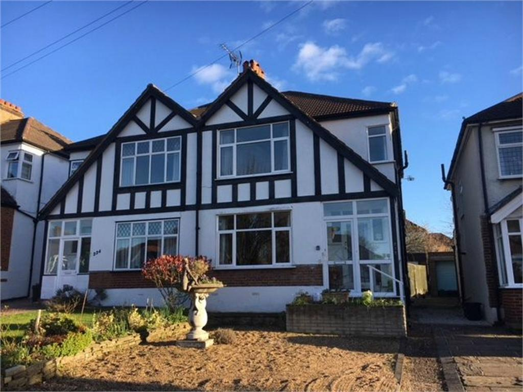 3 Bedrooms Semi Detached House for sale in The Avenue, West Wickham, Kent