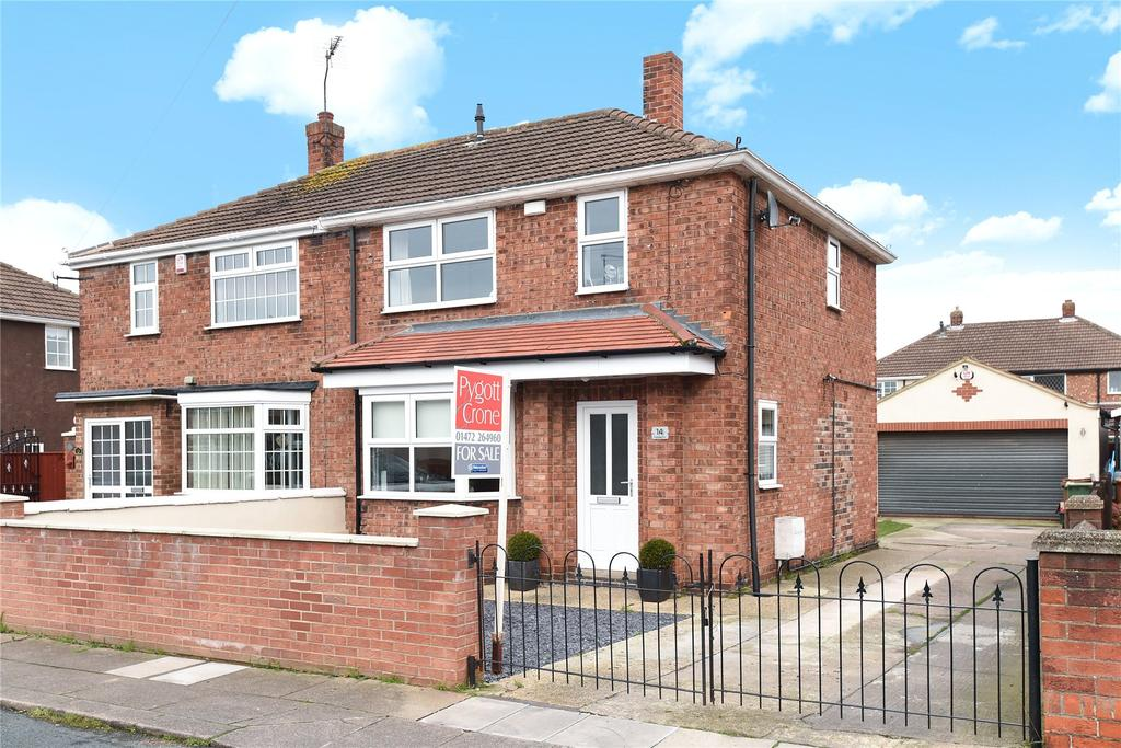 2 Bedrooms Semi Detached House for sale in Cartledge Avenue, Grimsby, DN32