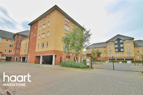 1 bedroom flat to rent - Scotney Gardens, ME16