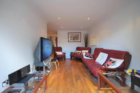 3 bedroom end of terrace house to rent - Telegraph Place, London