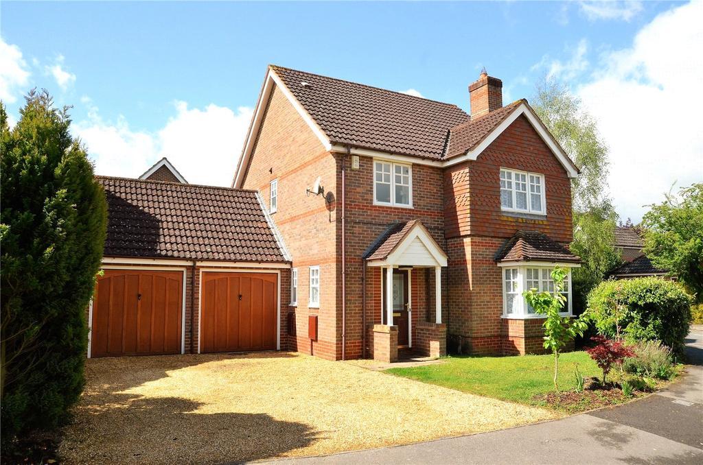 4 Bedrooms Detached House for sale in Mallard Way, Aldermaston, Reading, Berkshire, RG7