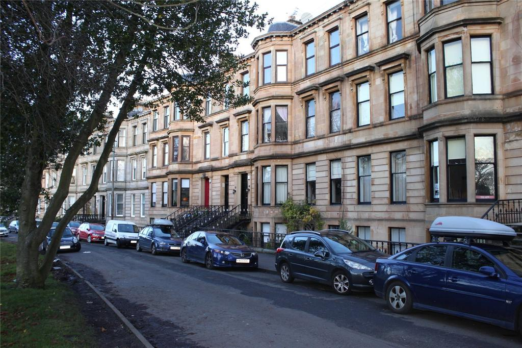 4 Bedrooms Apartment Flat for sale in 2/2, Queen's Drive, Glasgow, Lanarkshire