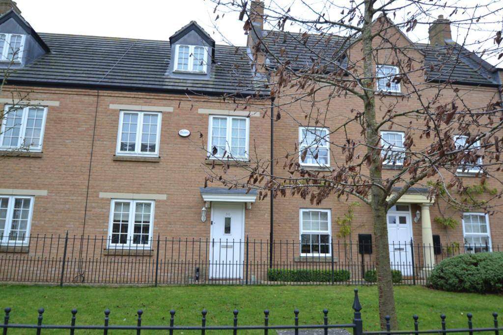 3 Bedrooms Town House for rent in Gilbert Scott Gardens, Gawcott