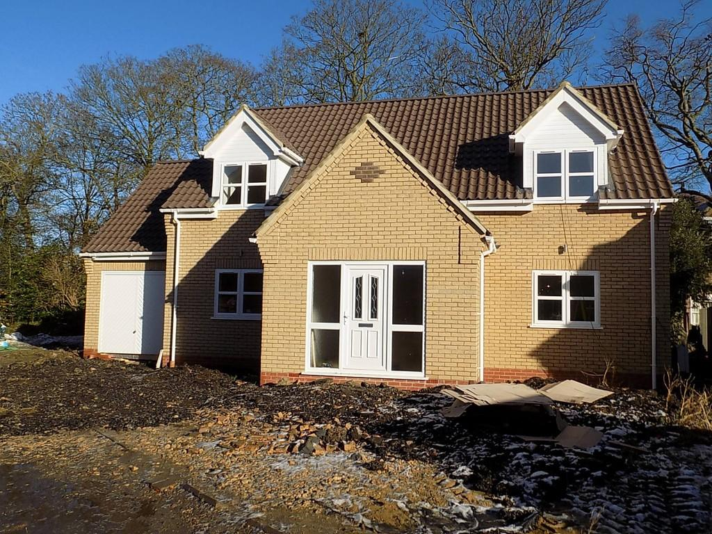 4 Bedrooms Chalet House for sale in Guys Close, Manea