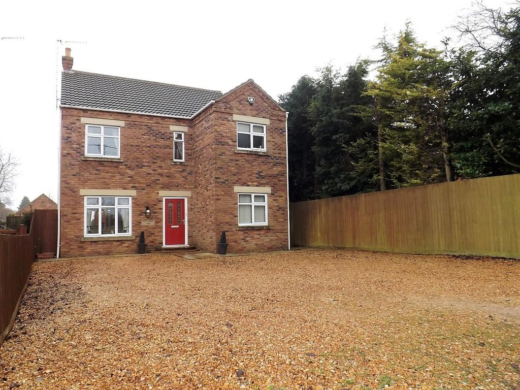 3 Bedrooms Detached House for sale in School Road, Upwell
