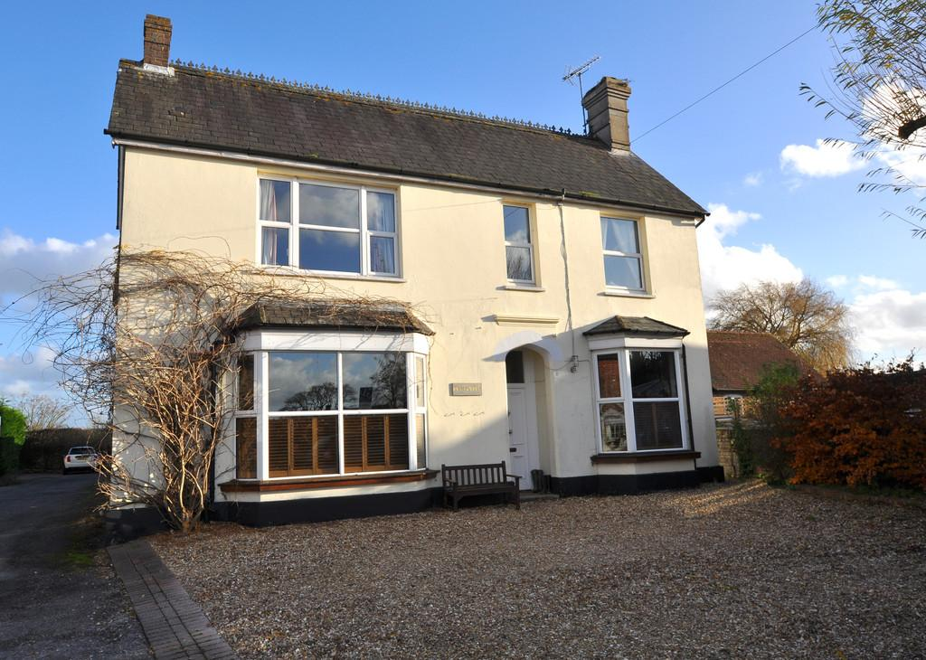 5 Bedrooms Detached House for sale in Dial Post