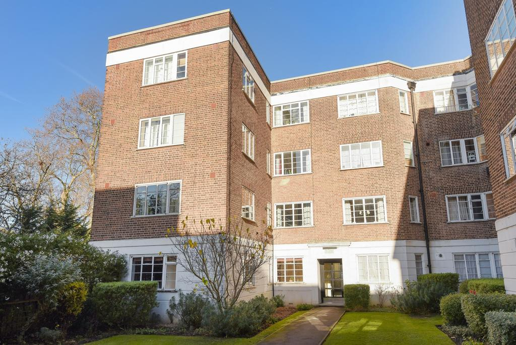 1 Bedroom Flat for sale in Dartmouth Grove London SE10