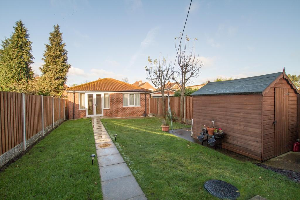 3 Bedrooms Semi Detached House for sale in Manor Drive, Town Moor