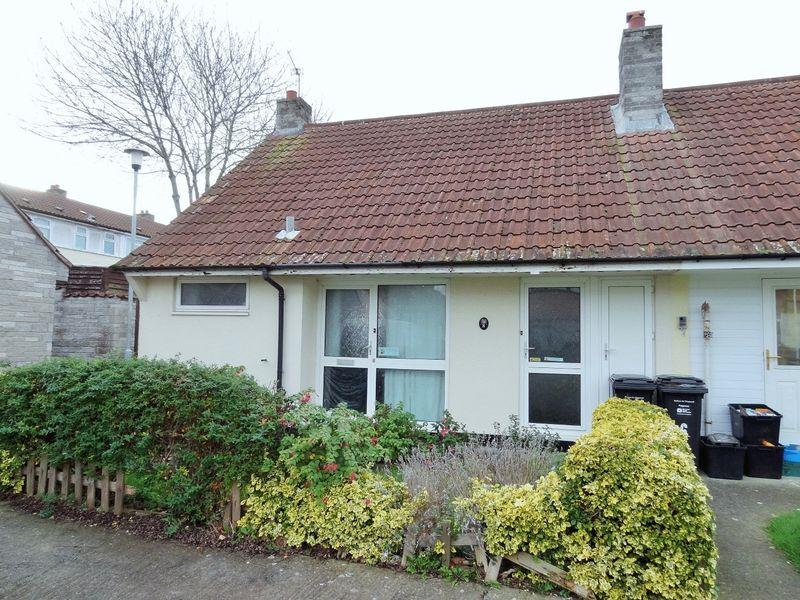 2 Bedrooms Terraced House for sale in Martland Close, Woolavington