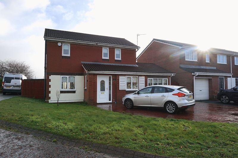 3 Bedrooms Detached House for sale in Brackenbeds Close, Chester Le Street