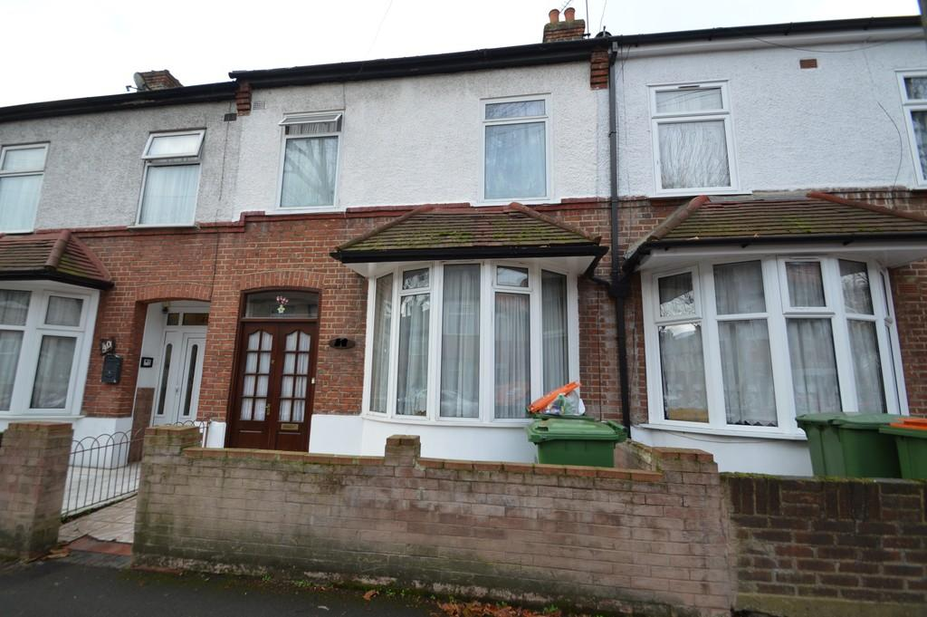 3 Bedrooms Terraced House for sale in Kimberley Avenue, London