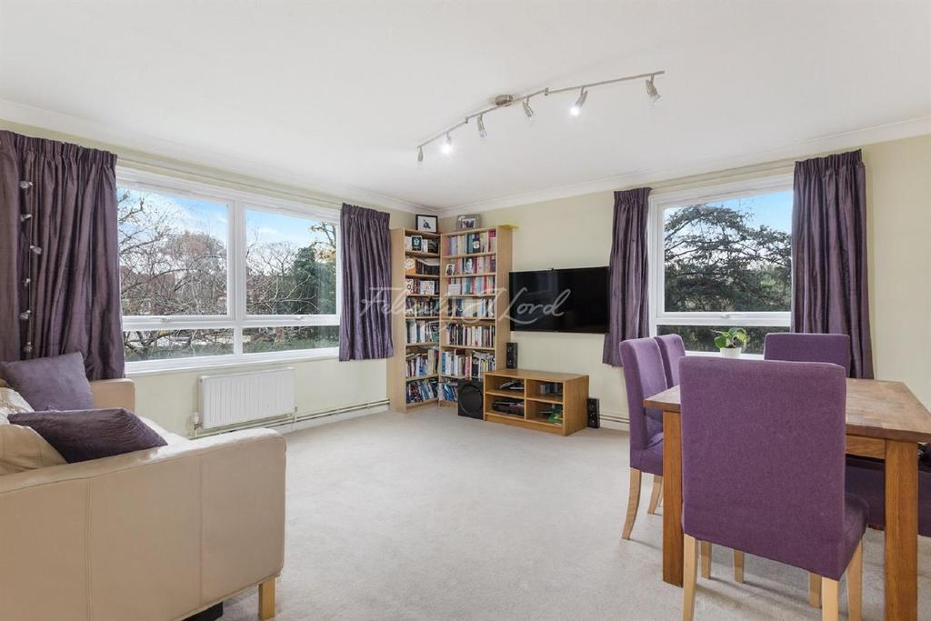 2 Bedrooms Flat for sale in Barrowgate Road W4