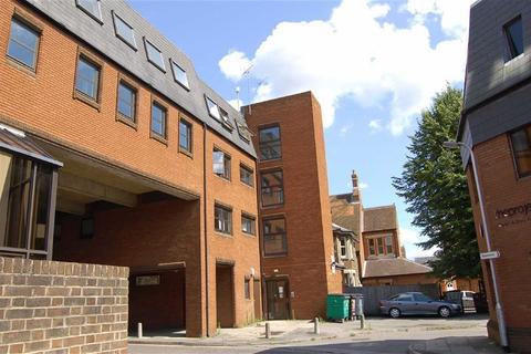 1 bedroom flat to rent - Archway House, Gosbrook Road, Caversham