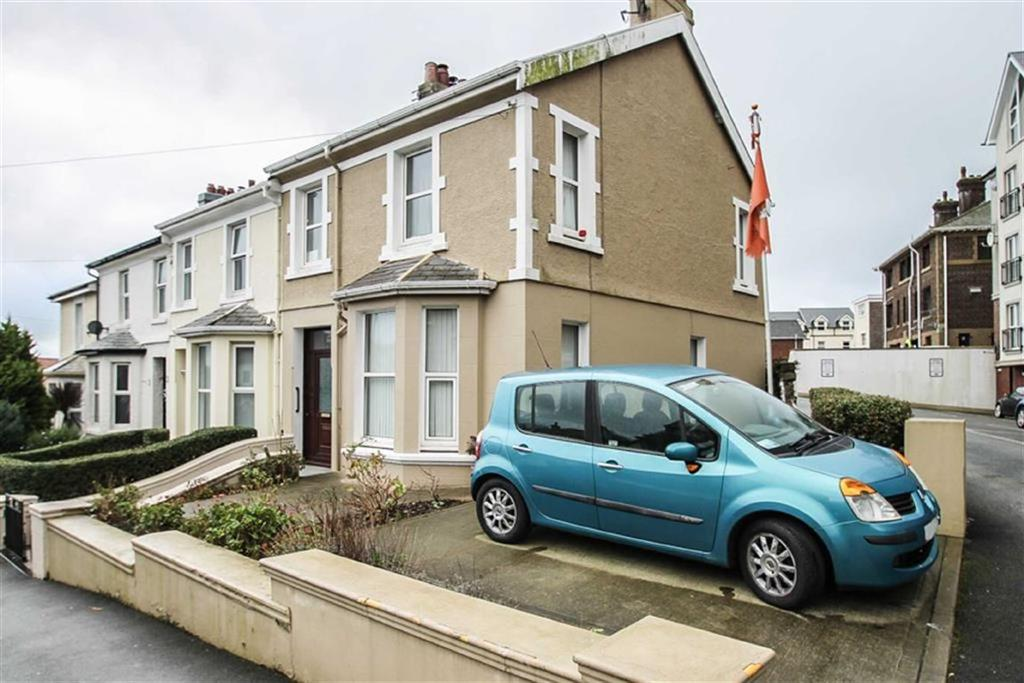 2 Bedrooms End Of Terrace House for sale in Royal Avenue, Isle of Man