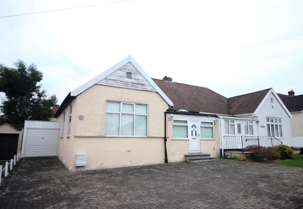 4 Bedrooms Bungalow for sale in Veroan Road Bexleyheath DA7
