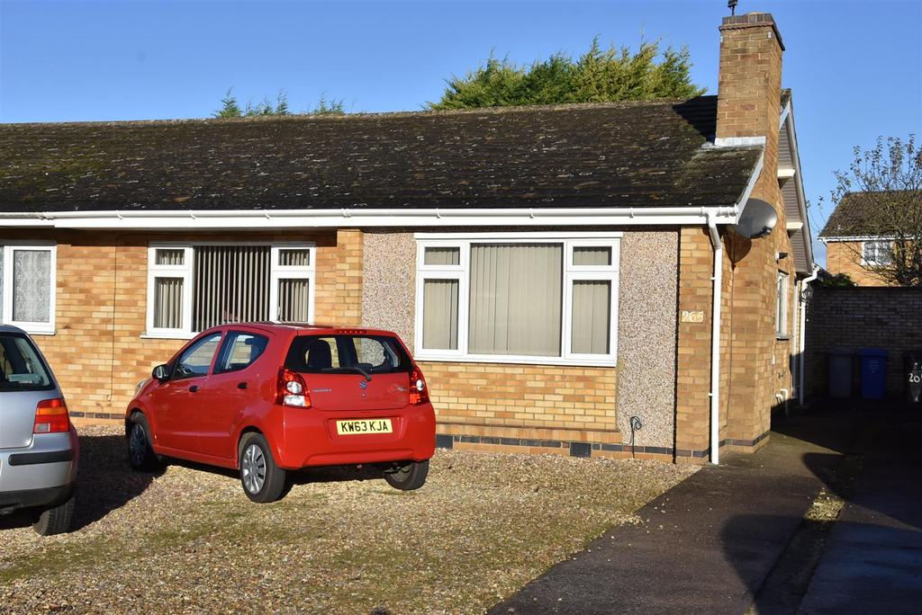 2 Bedrooms Bungalow for sale in Deeble Road, Kettering